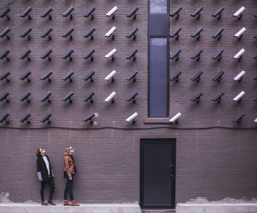 Mass surveillance en tracking breidt sterk uit naar offline en je huis